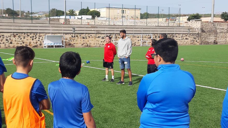 Javi Alonso, durante su visita de este jueves a la Ciudad Deportiva.