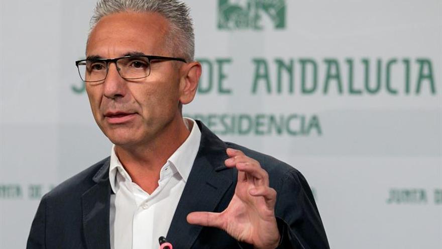 La Junta multa a Endesa con 400.000 euros por cláusulas abusivas en contratos