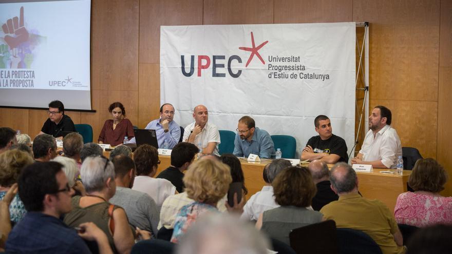 Joan Josep Nuet (EUiA), Gemma Ubasart (Podem), Iceta (PSC), Herrera (ICV), Arrufat (CUP) i Junqueras (ERC) / ENRIC CATALÂ