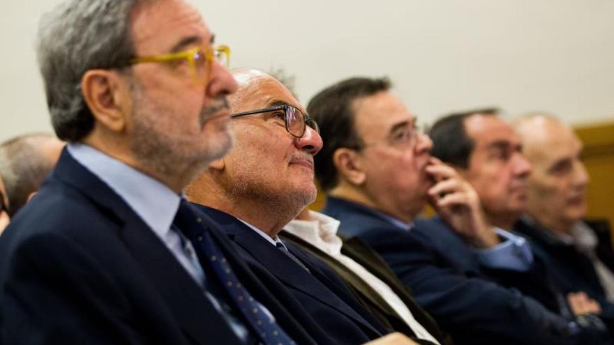La Fiscalía rebaja de 4 a 3 años la petición de cárcel para Serra y Todó