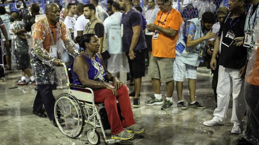 Tres de los 20 heridos en el accidente en el Sambódromo de Río siguen hospitalizados