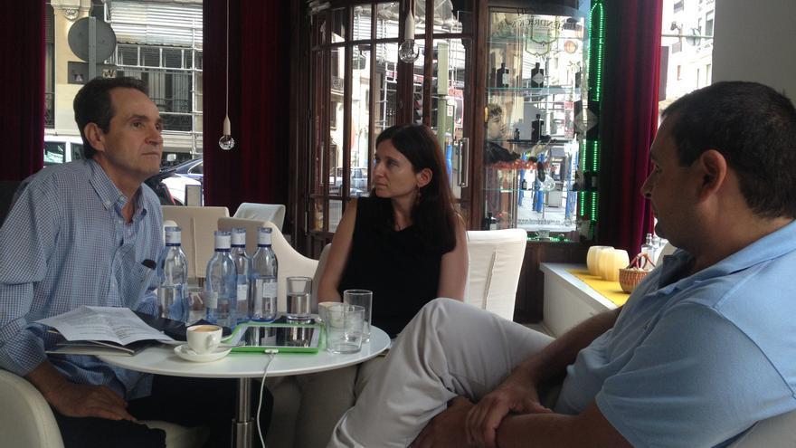 Conversación entre el diplomático Carles Casajuana y el sociólogo Ignacio Sánchez-Cuenca