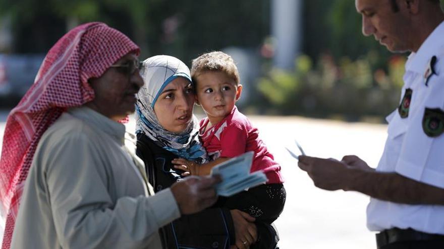 Turquía plantea ofrecer la nacionalidad a millones de refugiados sirios