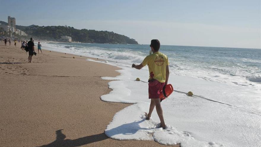 Tres personas fallecen ahogadas en playas catalanas en las últimas horas