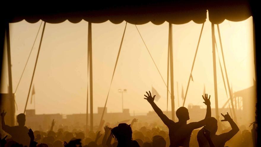 Boeing que hará de escenario en el Monegros Desert Festival parte de Teruel