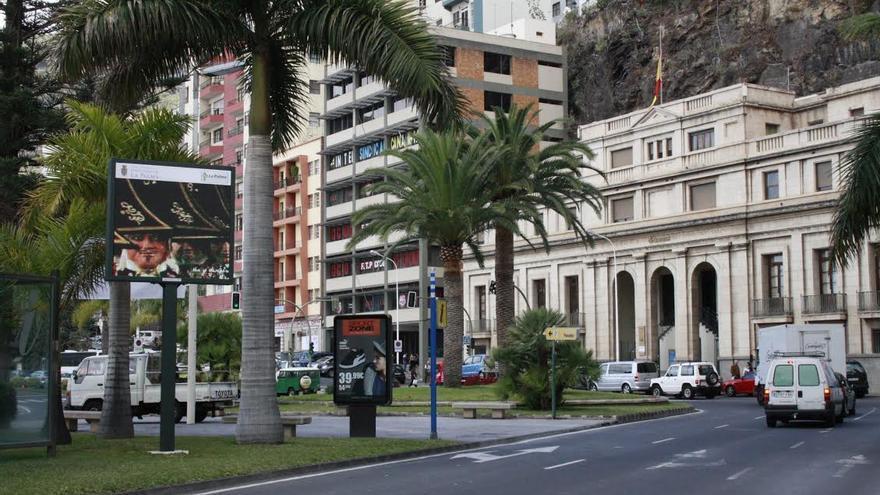 La capital pone en funcionamiento la pantalla de difusi n for Oficina turismo palma