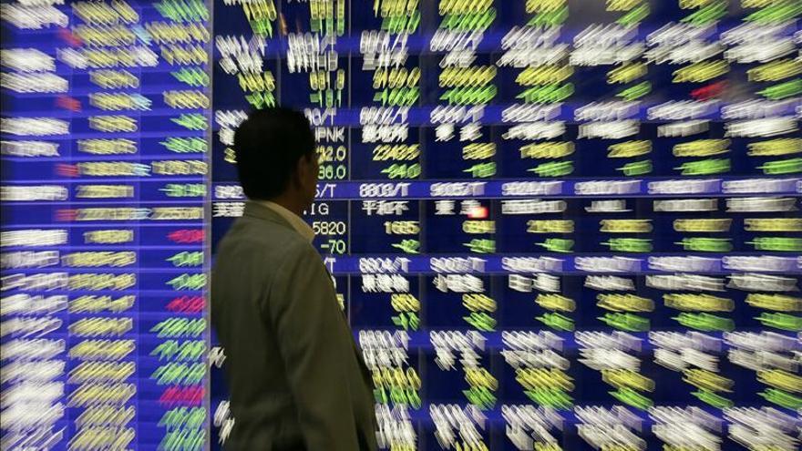 El Nikkei sube un 0,48 por ciento hasta los 17.642,32 puntos