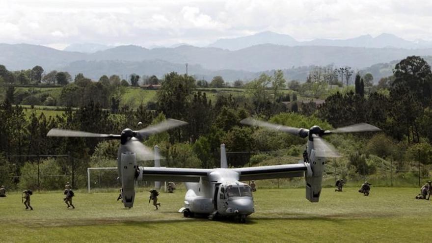 Asciende a 12 el número de muertos en accidente aéreo militar en EE.UU.