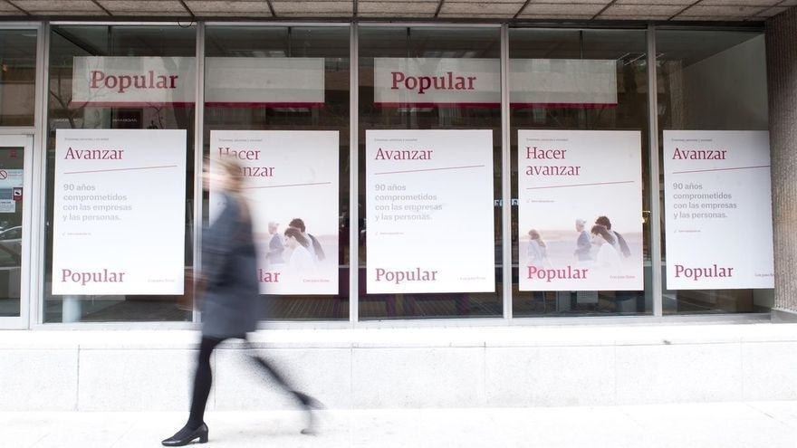 Las sucursales de Popular operan con normalidad tras el anuncio de la venta al Santander