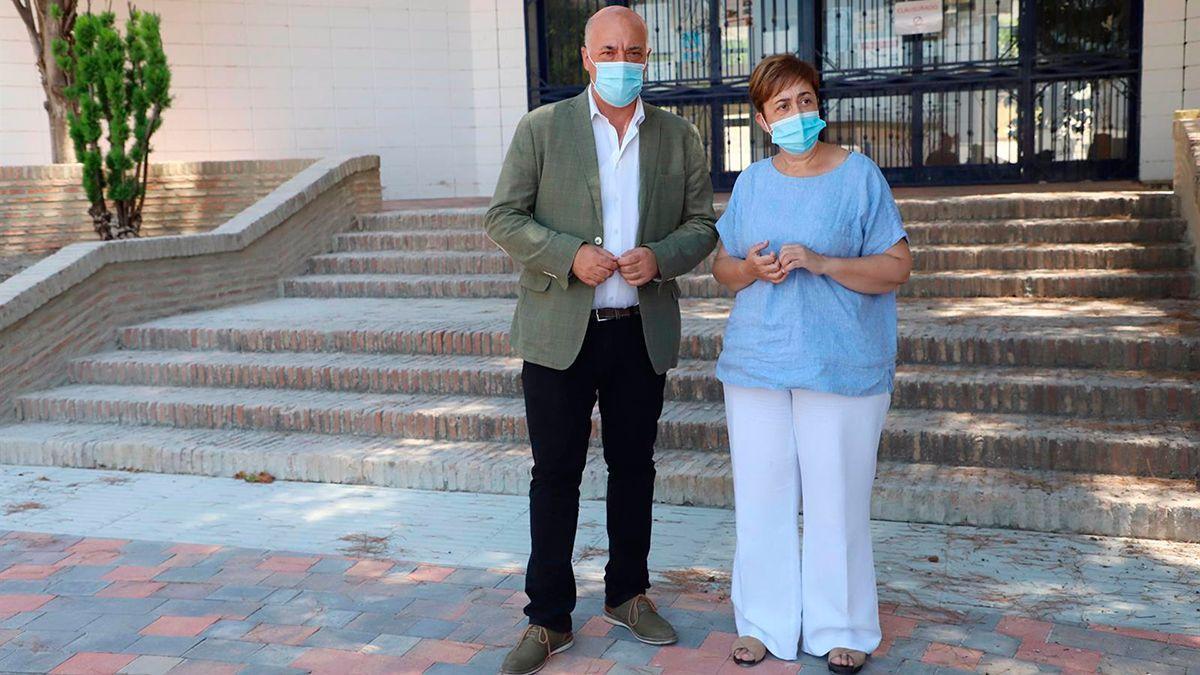 El presidente de la Diputación y la alcaldesa de Moriles.