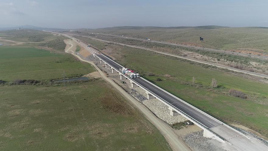 AVE Extremadura viaducto Plasencia