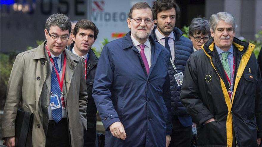 Rajoy pide el voto para evitar una coalición de izquierda y extrema izquierda