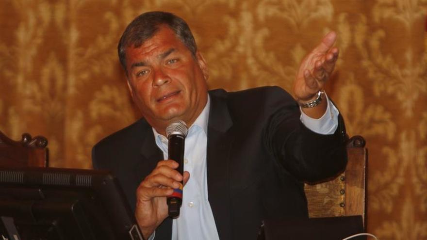 Ecuador prepara cambios en el equipo de ministros, dice la agencia pública Andes