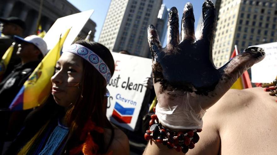 Ecuador considera desacertado fallo judicial en su contra por el caso Chevron