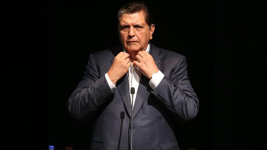 Alan García afirma que denunciará a los que lo han involucrado con corrupción