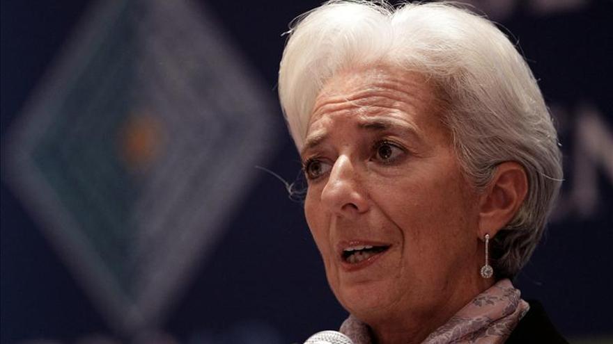 Lagarde aconseja profundizar en las reformas para evitar la recaída de la economía