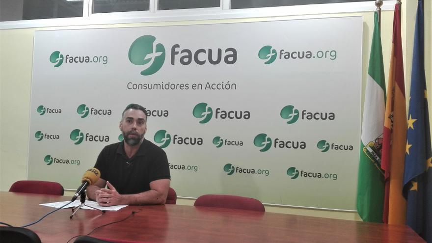 Rubén Sánchez, portavoz de Facua, denuncia a Movistar.