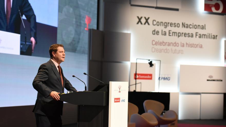 García-Page durante el Congreso Nacional de la Empresa Familiar en Toledo