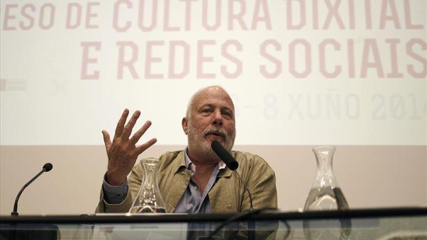 Ramón Lobo, Bárbara Lennie y David Trueba, en un ciclo de cine y periodismo