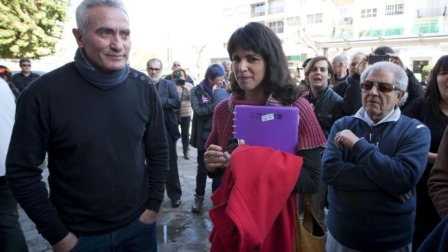 Diego Cañamero y Teresa Rodríguez, en un acto con los trabajadores de Delphi en Cádiz