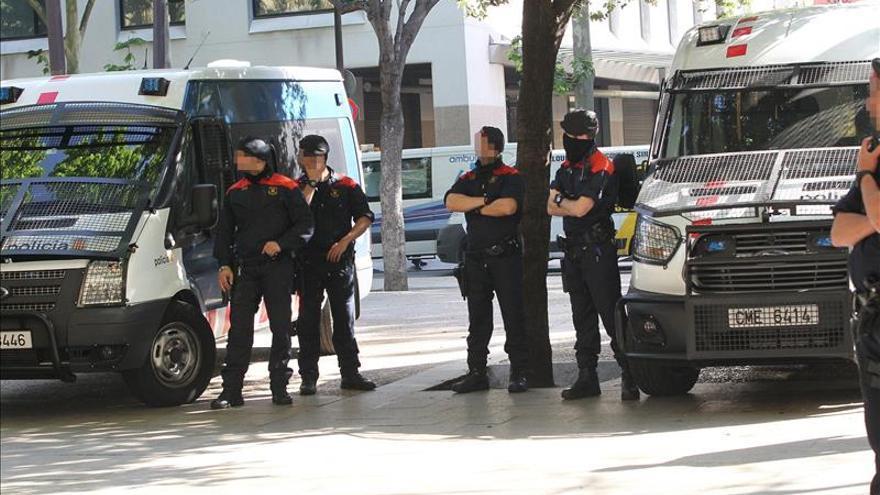 Numerosas detenciones y 27 registros contra el tráfico de drogas en Barcelona