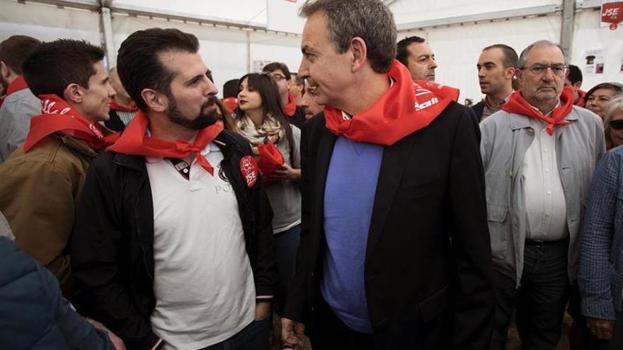 """Zapatero: """"Las dos palabras clave para Cataluña son diálogo y pacto"""""""
