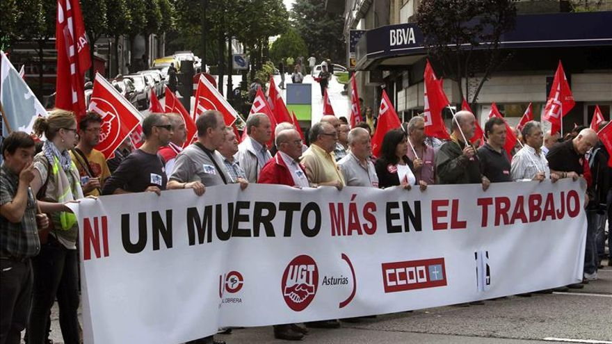Los accidentes laborales se cobraron 565 vidas en 2014, 7 más que en 2013