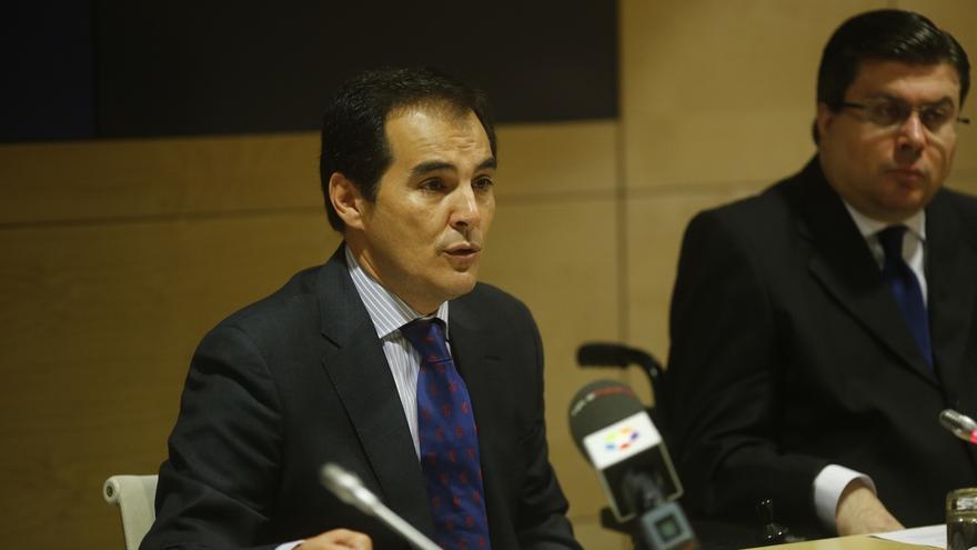 """El secretario de Estado promete diálogo ante la """"legítima"""" protesta del SUP por la jornada laboral"""