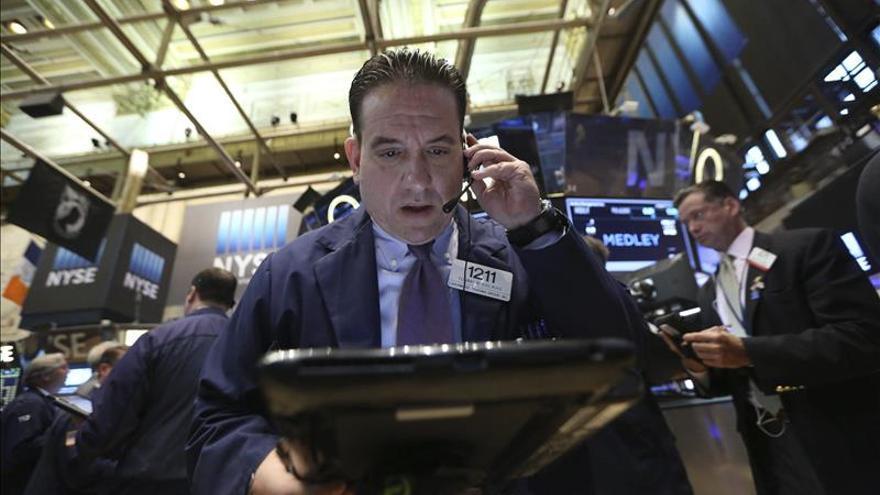 Wall Street cambia de rumbo y el Dow Jones avanza un 0,22 por ciento