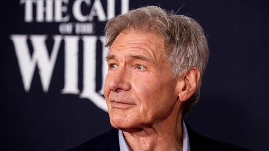 El Harrison Ford más aventurero vuelve con su perro a la cartelera de EE.UU.