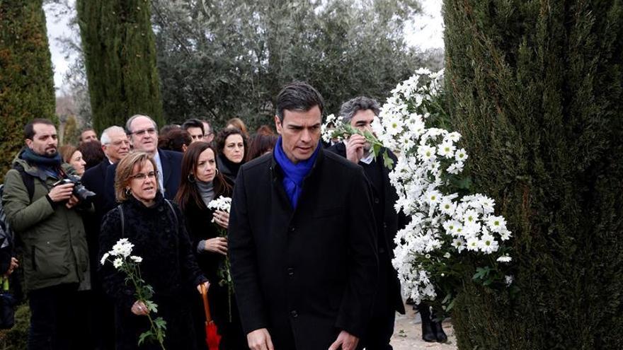 """Resultado de imagen de Sánchez recuerda a las víctimas del 11M: """"No os olvidamos"""""""