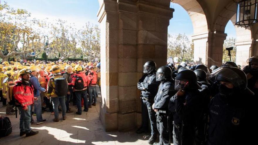 Principales demandas de los trabajadores públicos que protestan en Cataluña