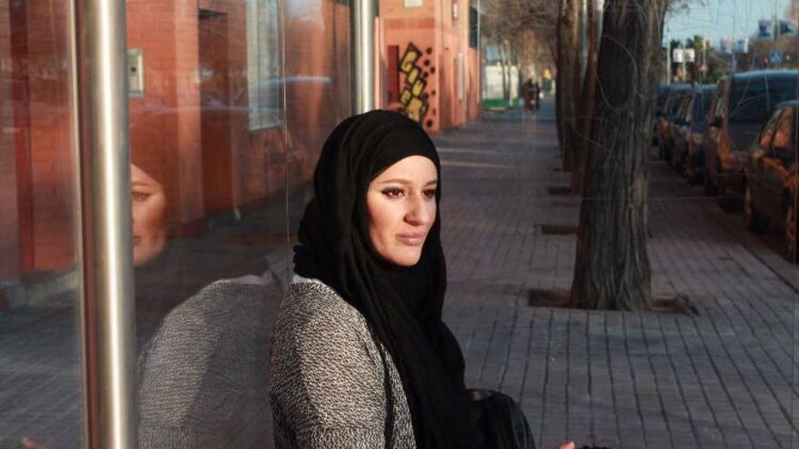 Hayar Abderrahman es trabajadora social en Barcelona. / Foto cedida