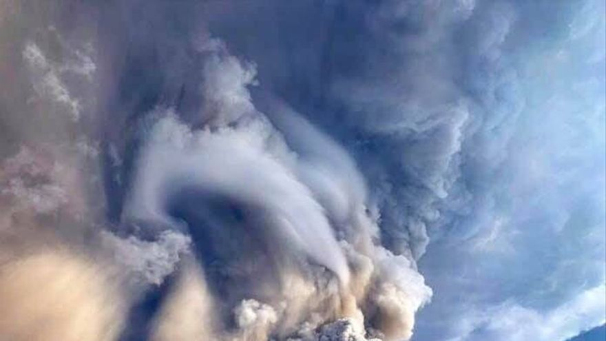 Volcán Taal, en Filipinas