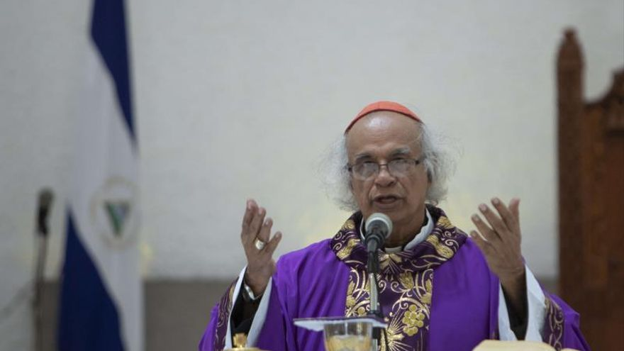 """Cardenal de Nicaragua pide a policía que evite """"más violencia"""" en su país"""