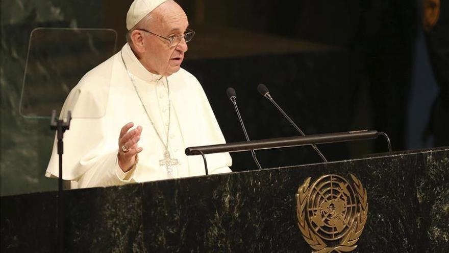 El papa dice no a los países con privilegios en la ONU y a los organismos financieros