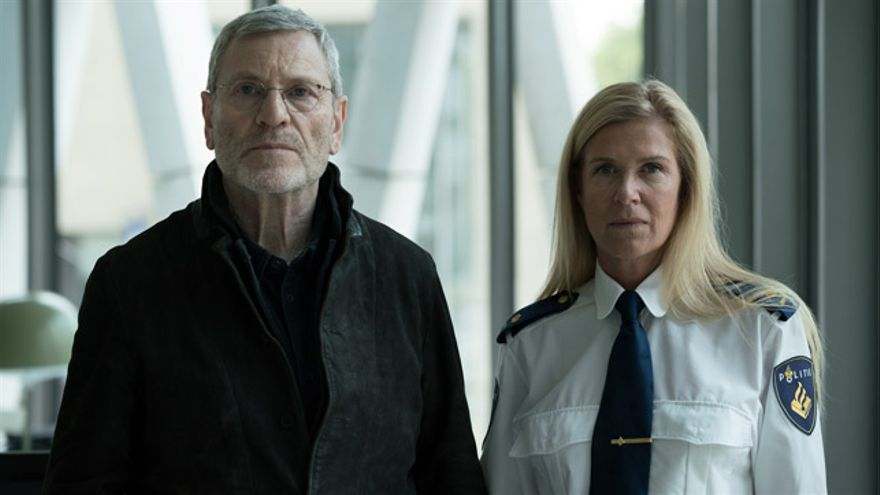 Tchéky Karyo (izquierda) protagoniza 'The Missing: Baptiste'.