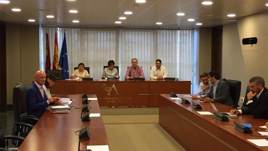 Junta de portavoces parlamentarios en la Asamblea Regional