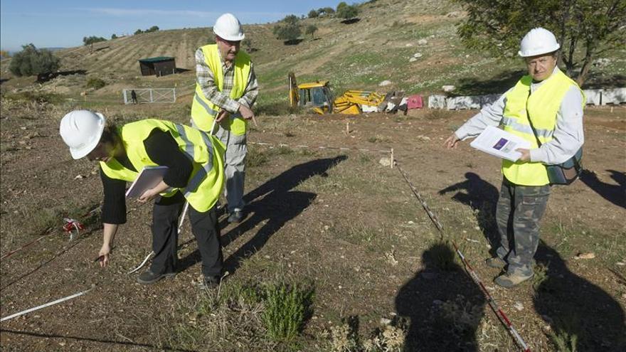 Comienza la excavación arqueológica manual en los terrenos donde podría yacer Lorca