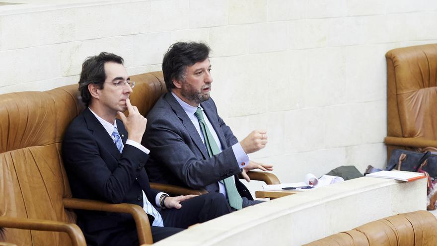 Los dos diputados de Vox en Cantabria, en cuarentena voluntaria tras coincidir con Ortega Smith en Vistalegre