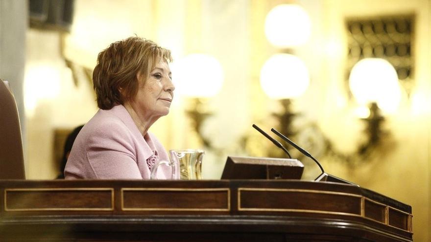 """Villalobos dice que """"la pelota está en el tejado"""" de Sánchez porque a Rajoy """"no le salen los números"""""""
