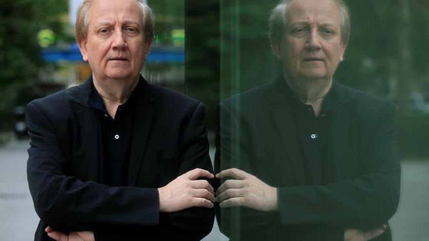 "Wim Mertens celebra 40 años de carrera: ""Soy un fabricador de música"""