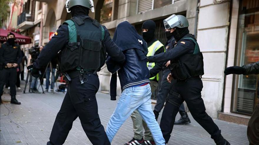 Detenido en Pamplona un hombre que pretendía viajar a Siria para unirse al DAESH
