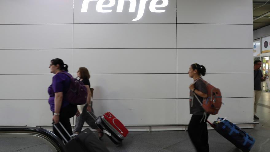 Los maquinistas estudian ir a la huelga si Renfe no repone los trenes suprimidos