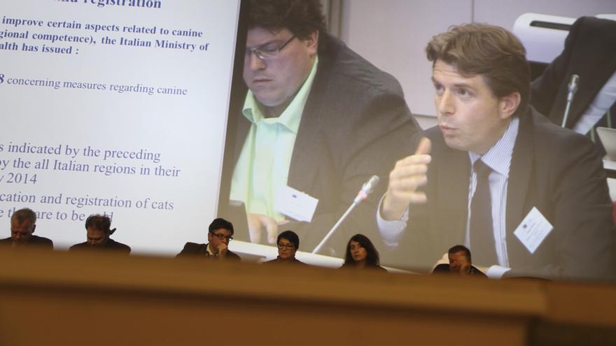 Claudiu Dimitriu en el Parlamento Europeo. Octubre, 2013.