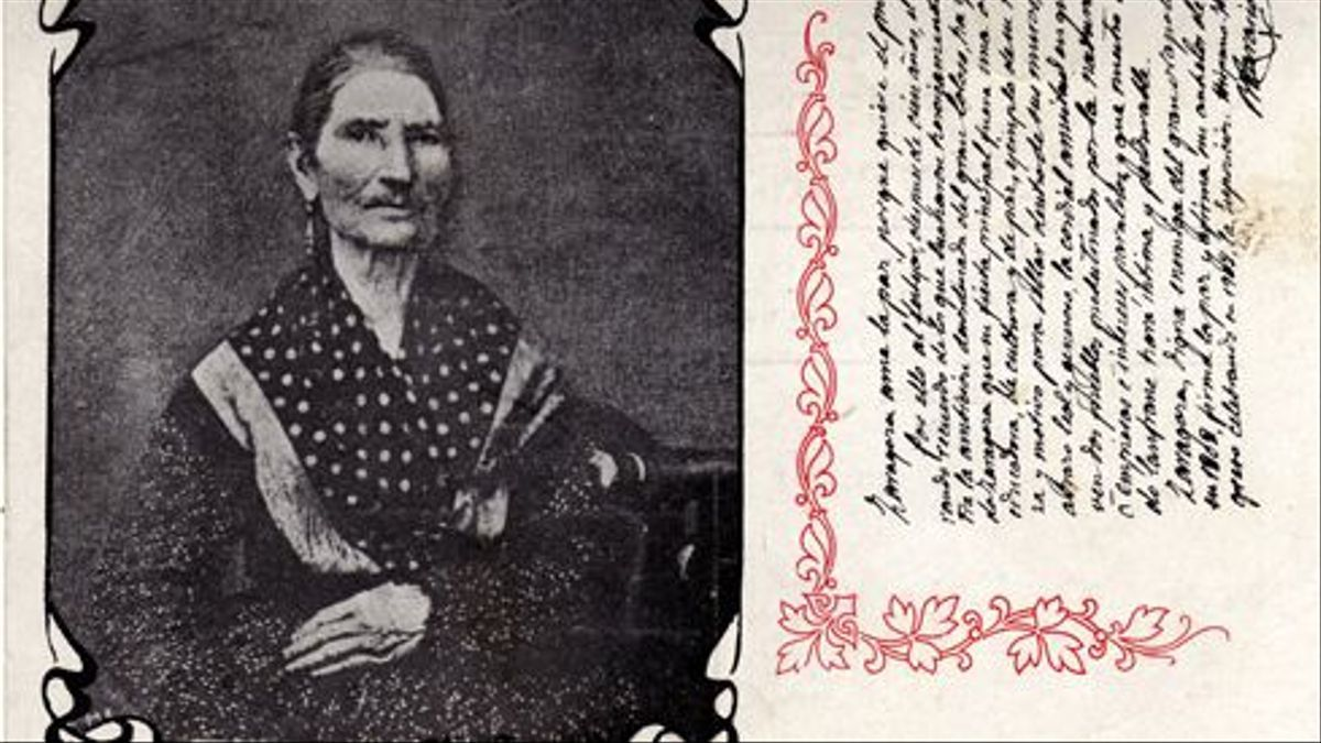 Postal con la única fotografía que se tomó a Manuela Sancho