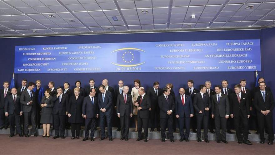 Los líderes de la UE piden preparar medidas de calado económico contra Rusia
