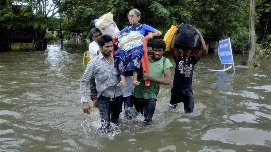 India despliega el Ejército para atender la emergencia por las lluvias en el sur