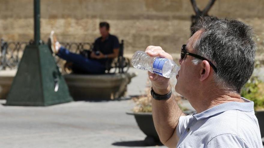 """El agua en verano: sequías """"dramáticas"""" para algunos y normalidad para otros"""