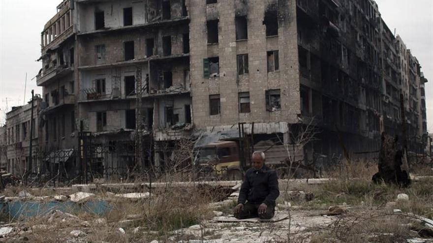 """Obama responsabiliza de """"brutalidad"""" en Alepo al régimen sirio y sus aliados"""